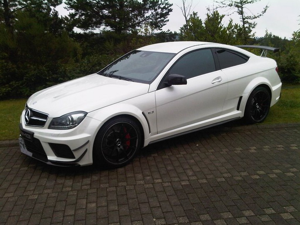 Mercedes Benz coupé C63 AMG Black Serie