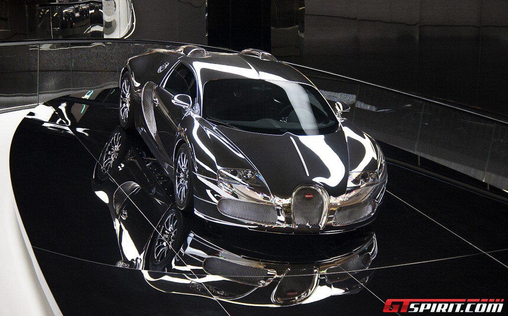 photo of the day mirror finish bugatti veyron at autostadt. Black Bedroom Furniture Sets. Home Design Ideas