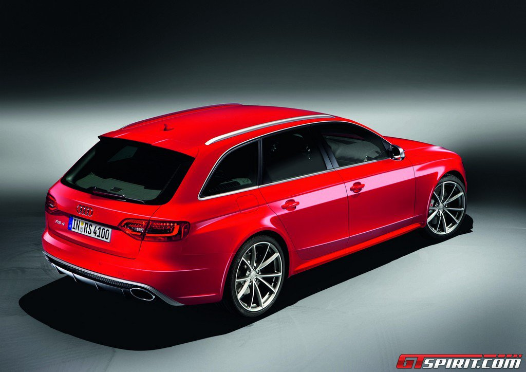 Official 2013 Audi RS4 Avant