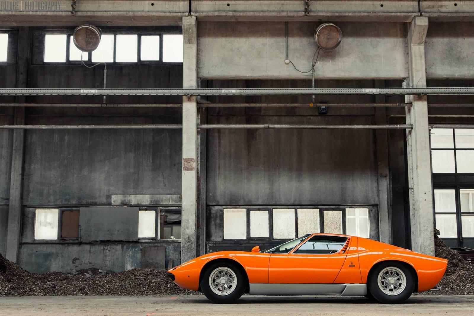Суперкар Lamborghini Miura S