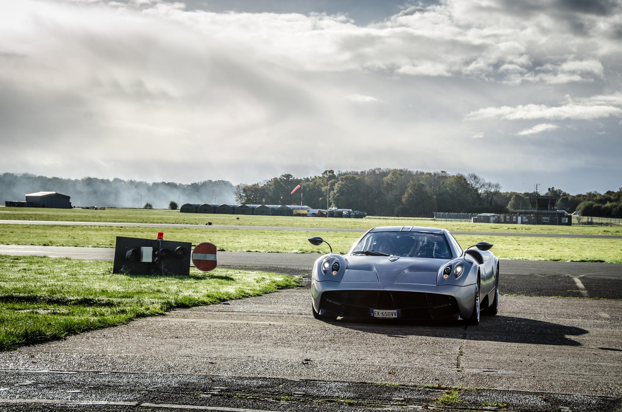 Pagani Huayra Top Gear photoshoot Photo 6