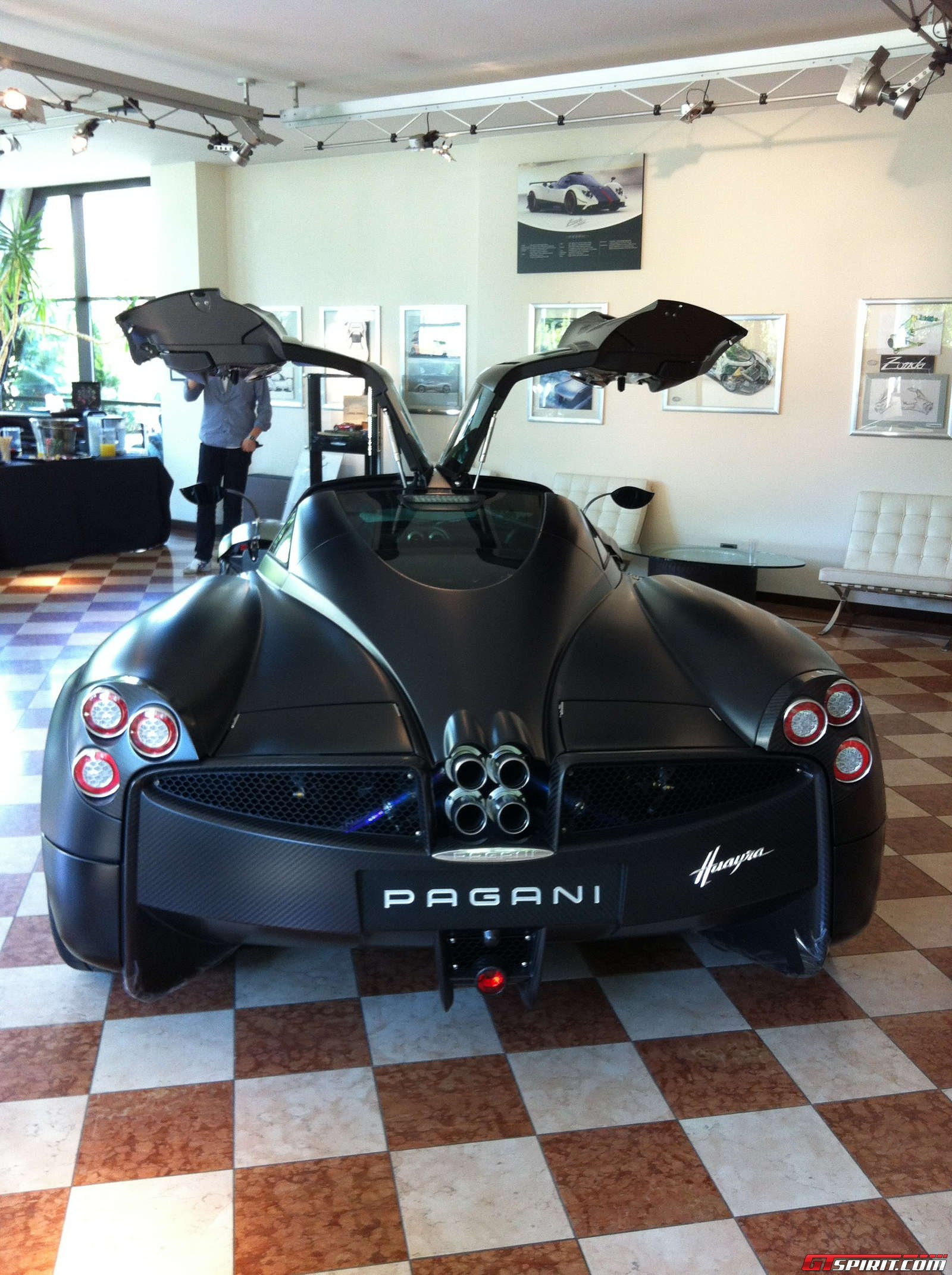 gtspirit-pagani-vanishing-point-2013-014.jpg