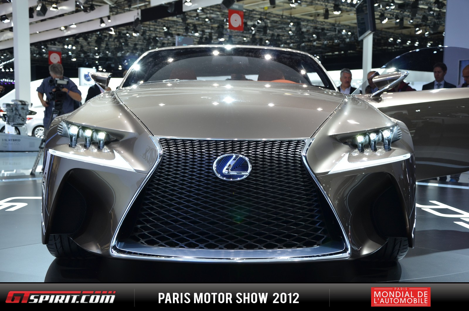 Lexus to Debut 2014 IS at Detroit Auto Show