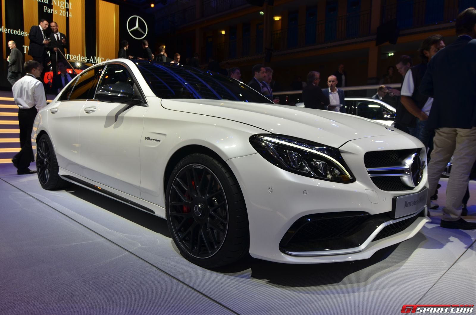 Paris 2014 2015 mercedes amg c63 and c63 s for 2014 mercedes benz c63 amg coupe
