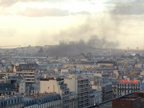 place vendome garage full of supercars on fire in paris. Black Bedroom Furniture Sets. Home Design Ideas