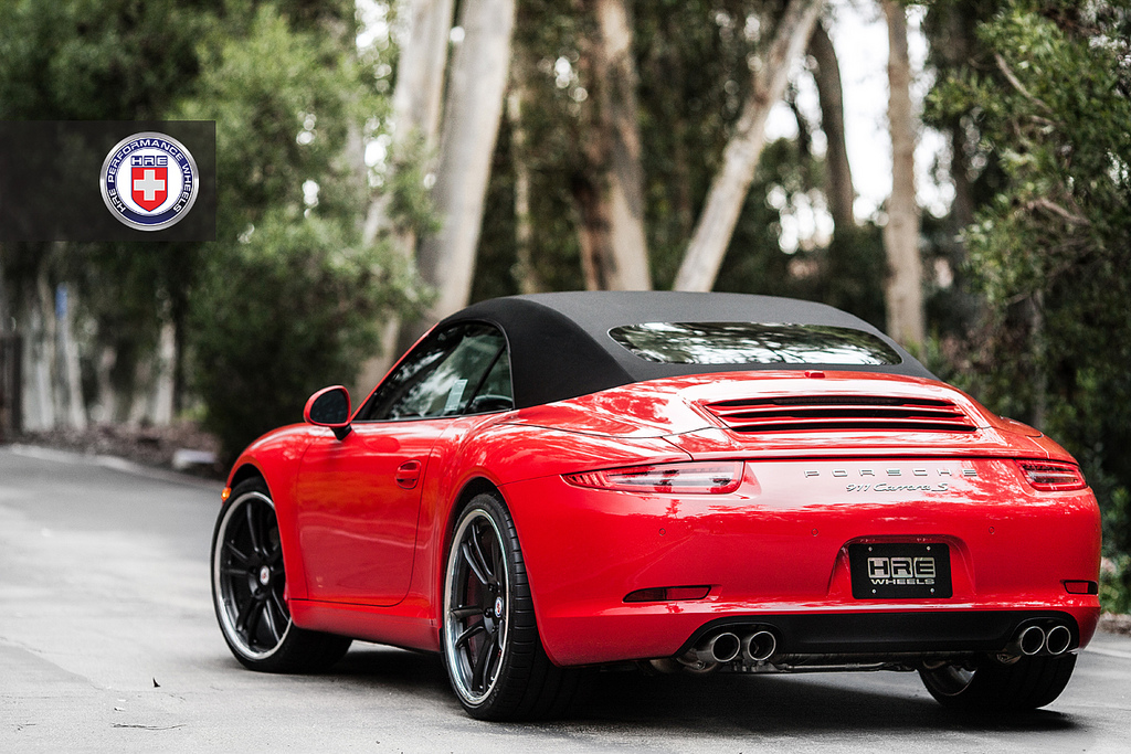 porsche 911 991 carrera s cabriolet on hre wheels gtspirit. Black Bedroom Furniture Sets. Home Design Ideas