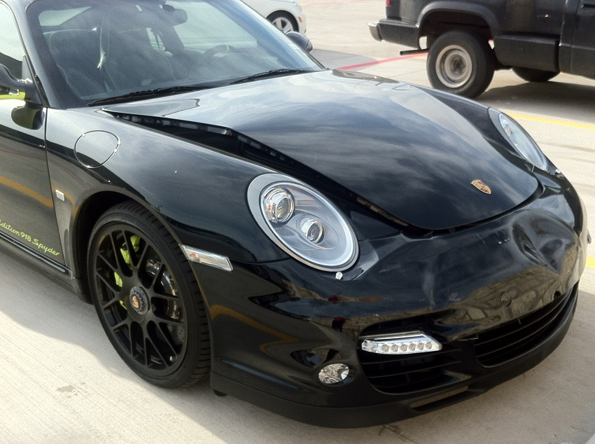 car crash porsche 911 turbo s edition 918 spyder fender bender. Black Bedroom Furniture Sets. Home Design Ideas