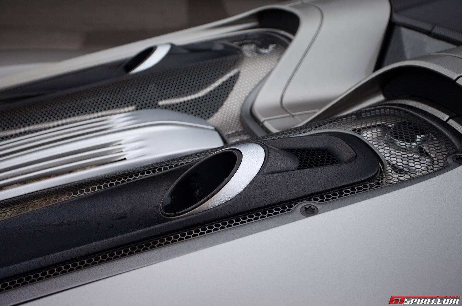 jay leno 39 s exclusive porsche 918 spyder drive. Black Bedroom Furniture Sets. Home Design Ideas
