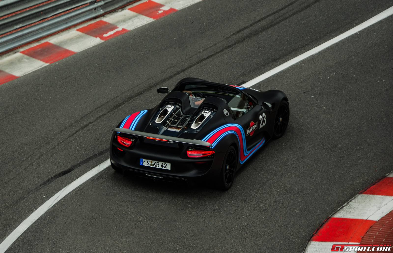 porsche 918 spyder in monaco. Black Bedroom Furniture Sets. Home Design Ideas