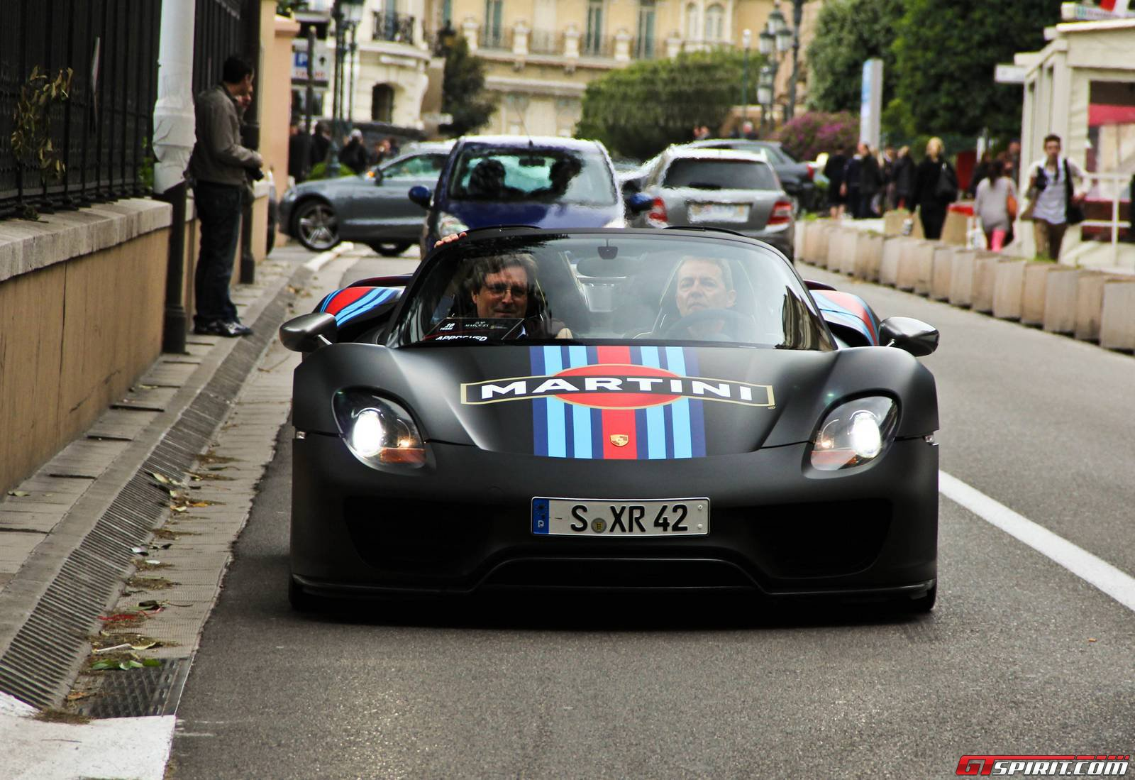porsche 918 spyder sound on road. Black Bedroom Furniture Sets. Home Design Ideas