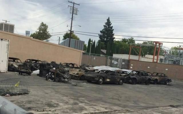 Сгорели редкие автомобили Порше