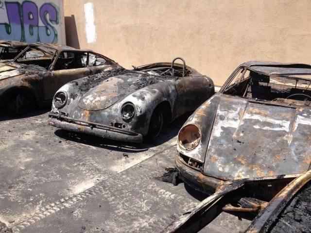 Уничтоженные огнем автомобили Porsche