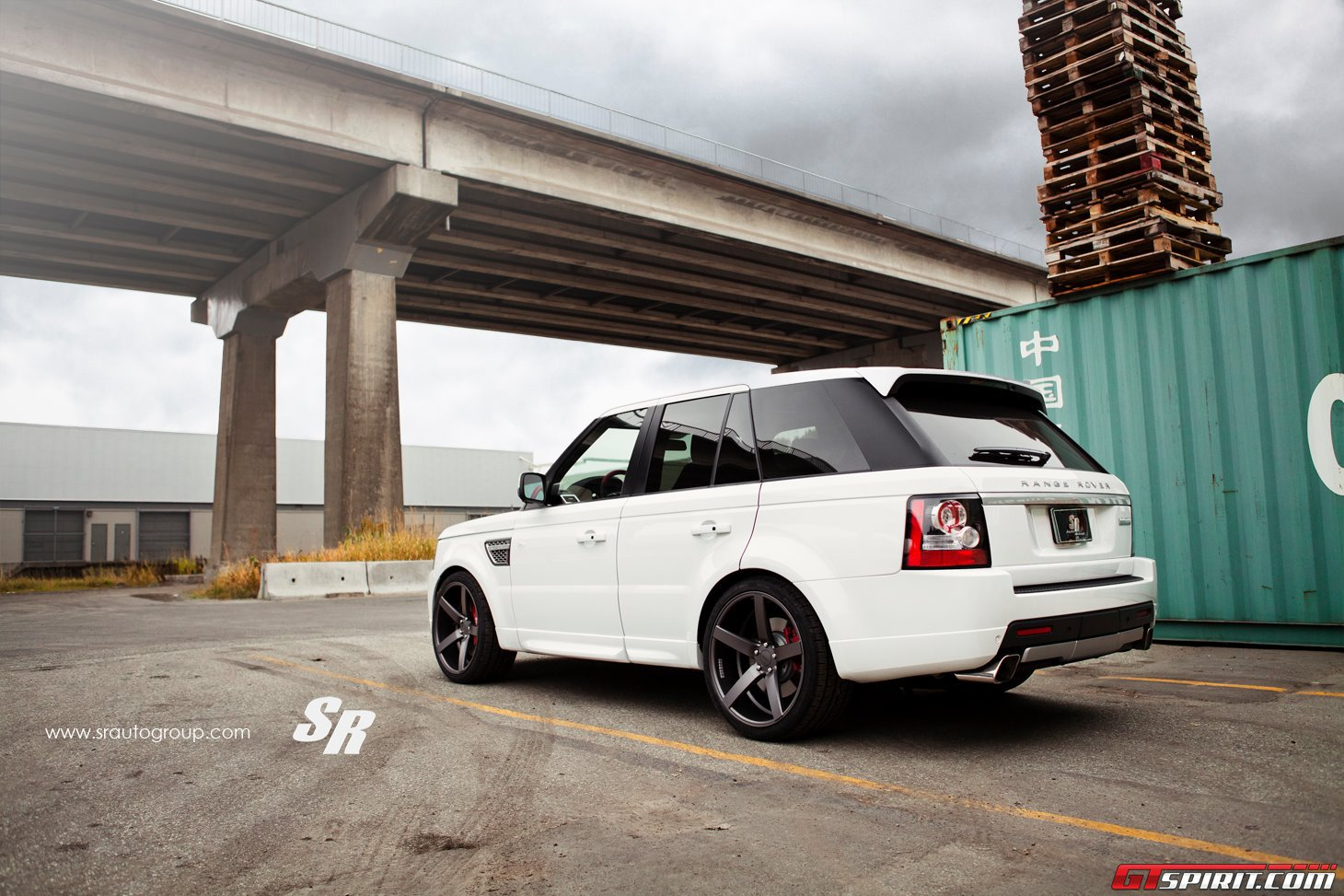 Range Rover Autobiography by SR Auto Group Photo 5