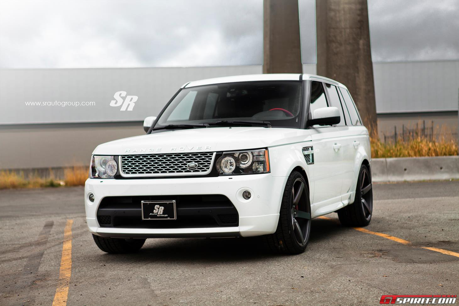 Range Rover Autobiography by SR Auto Group Photo 3