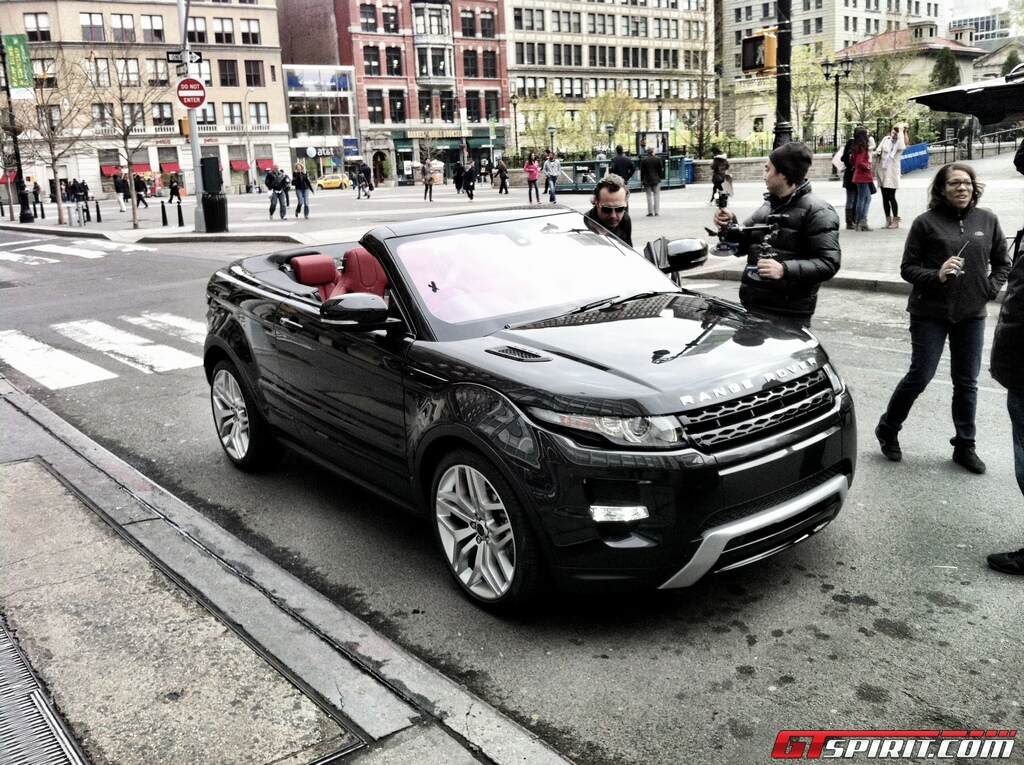 http://www.gtspirit.com/wp-content/gallery/range-rover-evoque-convertible-spotted-in-new-york/image00002.jpg