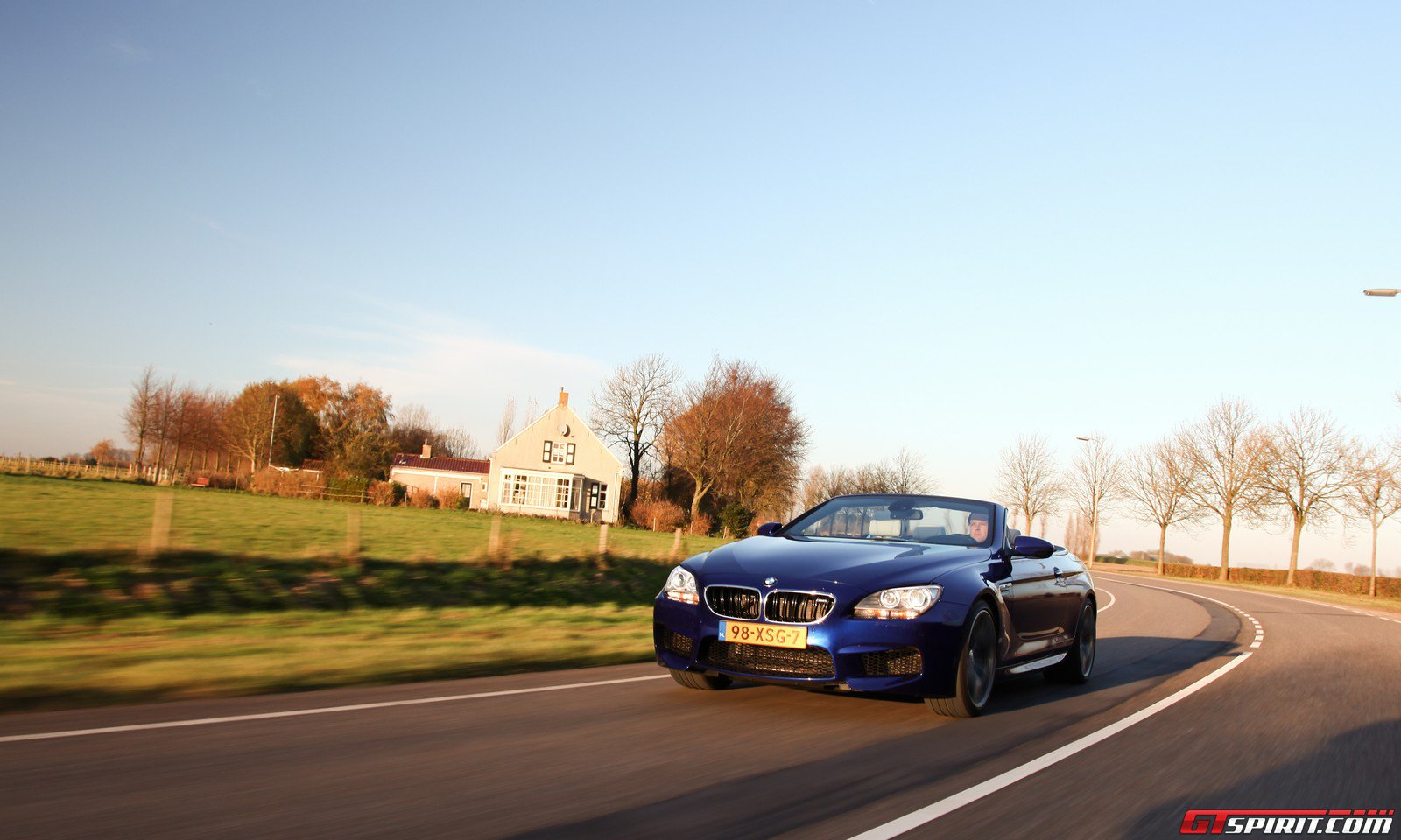 road-test-2012-bmw-m6-convertible-025