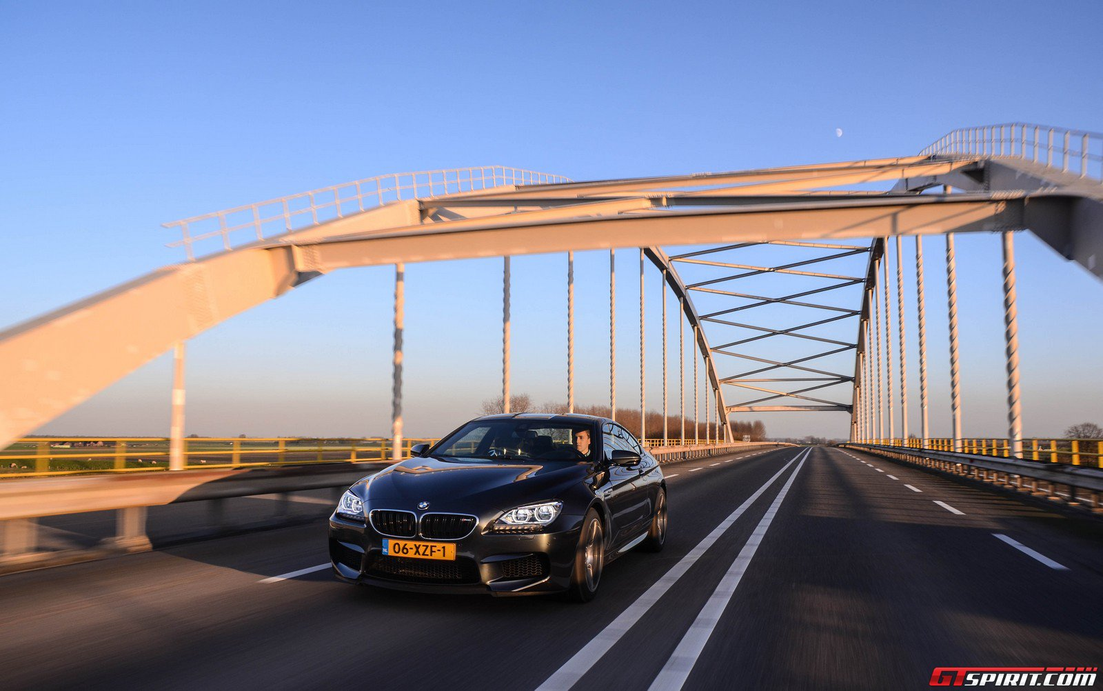 road-test-2012-bmw-m6-coupe-003