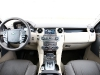 road-test-2012-land-rover-discovery-4-hse-luxury-pack-009