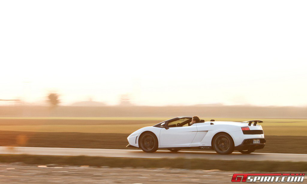 Road Test Lamborghini LP570-4 Gallardo Performante