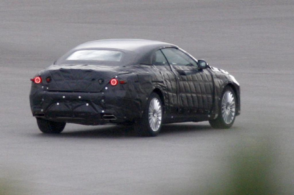 Spyshots: 2014 Mercedes S-Class Cabriolet Photo 4