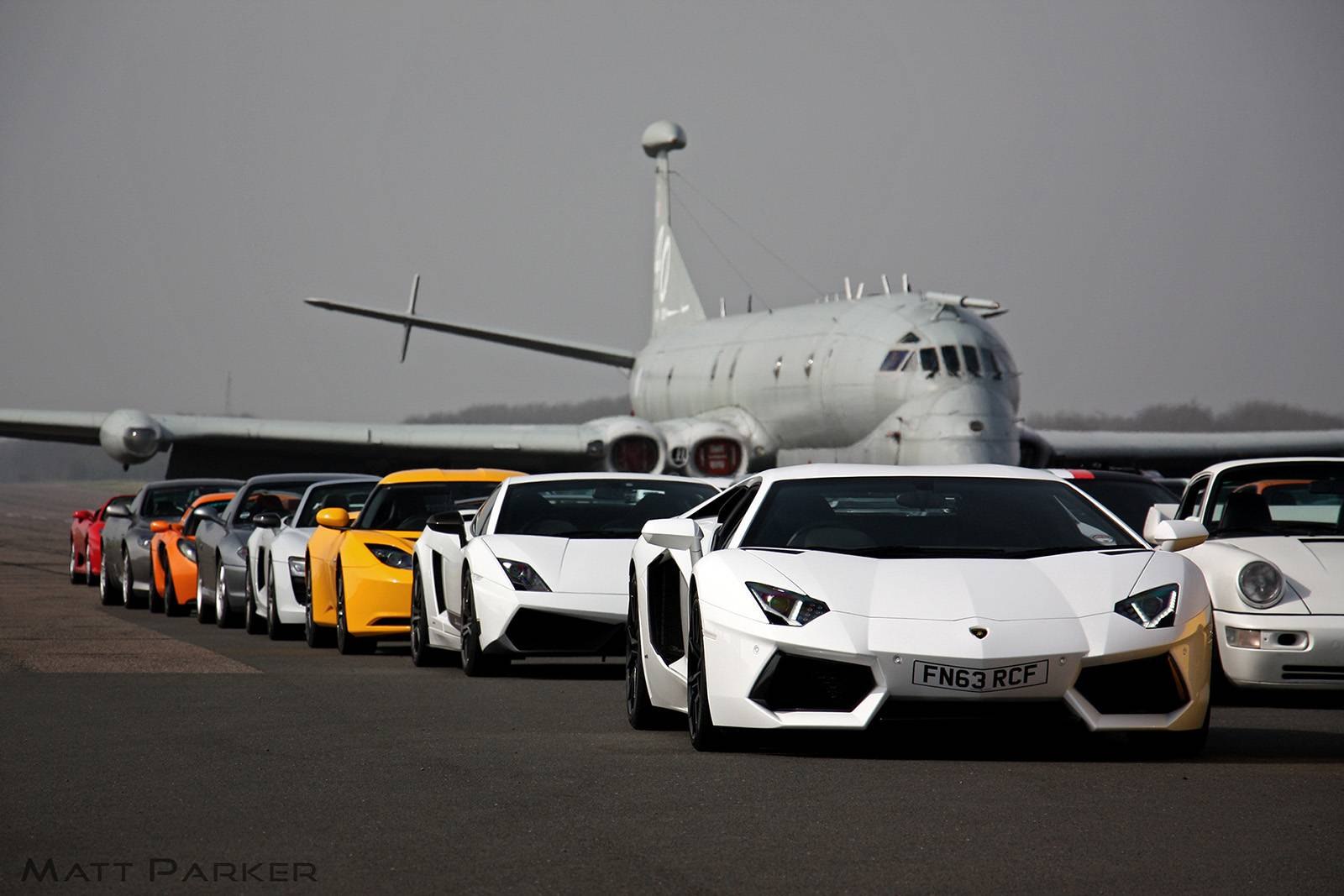 Владельцы суперкаров устроили встречу Supercar Driver Meet