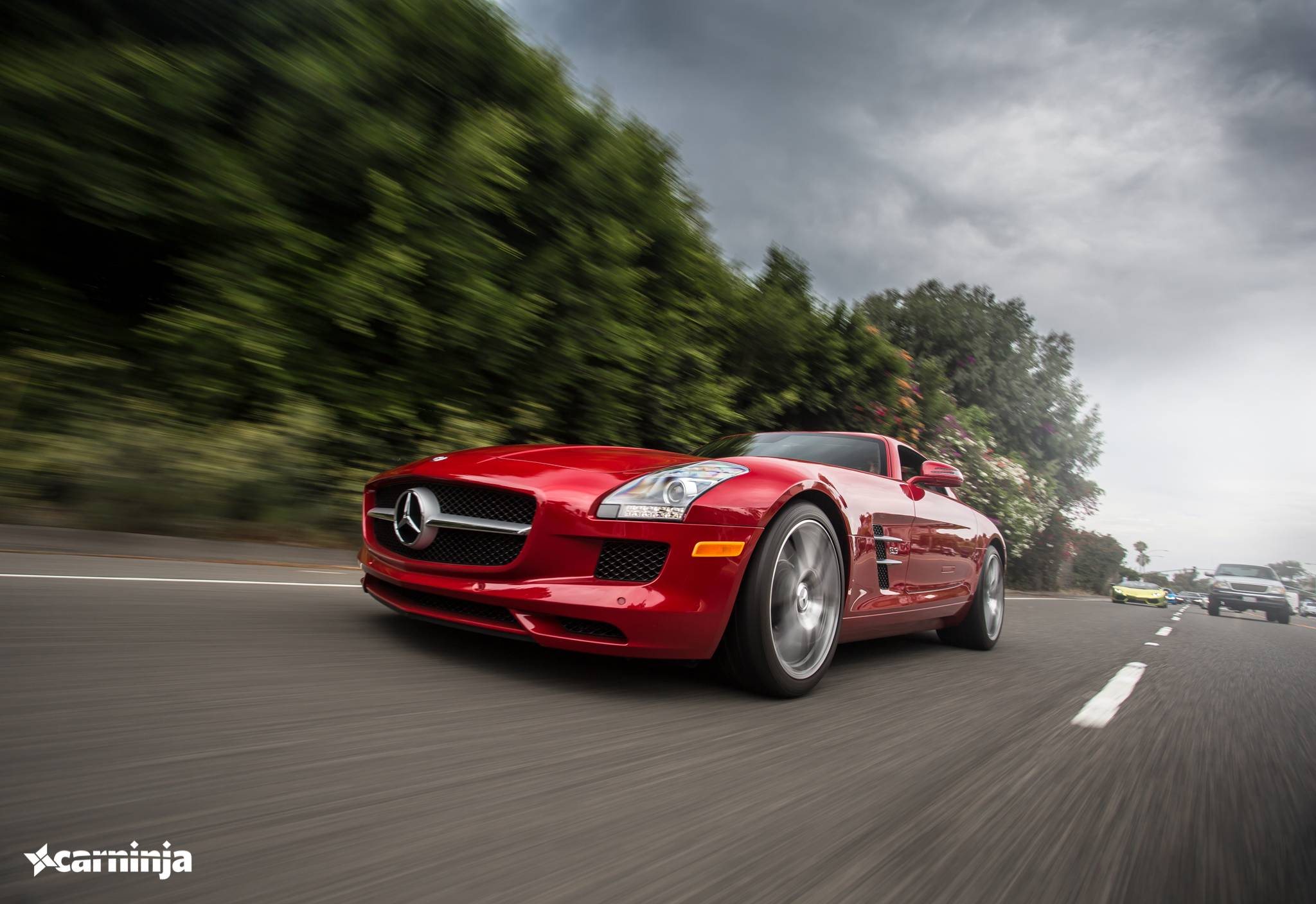 Фото Mercedes-Benz SLS