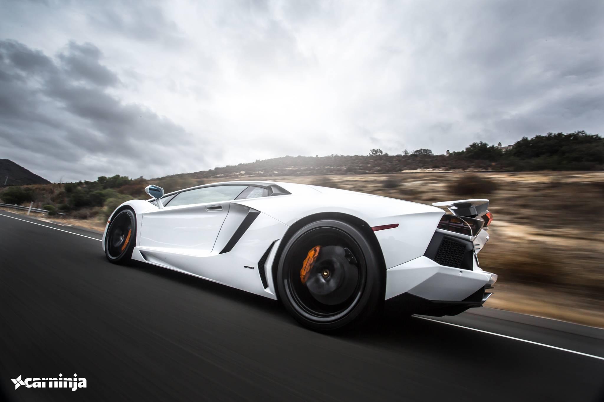 Фото Lamborghini Aventador