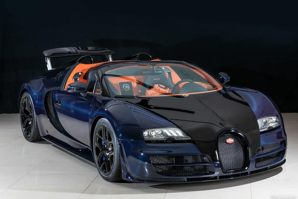 for sale unique blue carbon bugatti veyron vitesse in japan. Black Bedroom Furniture Sets. Home Design Ideas