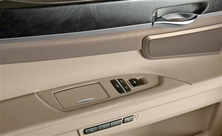 2009 BMW 7-Series 3