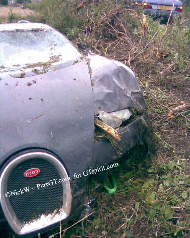 Bugatti Veyron 16.4 Crash