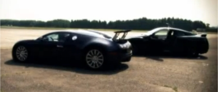 Video Bugatti Veyron vs Nissan GT-R
