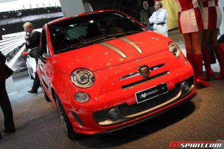 Abarth 500 '695 Tributo Ferrari'