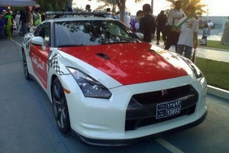 Adu Dhabi Police Force Gets Nissan GT-R 01