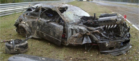 Car Crashes BMW E36 M3 at Nordschleife