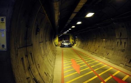 John Surtees Drives Sports Car Through Channel Tunnel Gtspirit