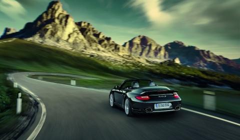 Video: 2011 Porsche 911 Turbo S 480x280