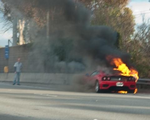 Car Crash Ferrari 360 Goes Up in Flames 01