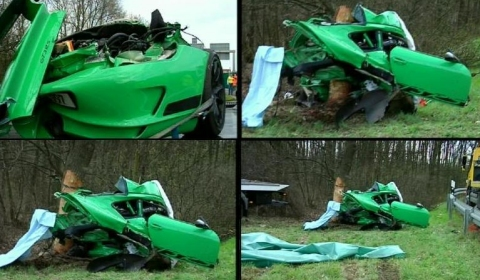 Car Crashes Two Dead Porsche 911 GT3 RS in Germany