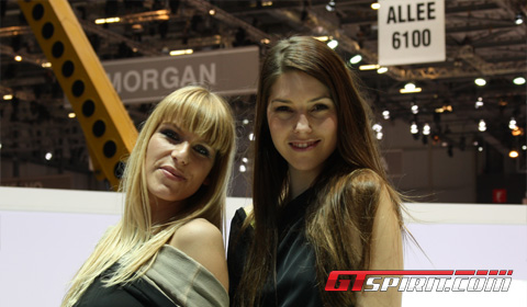 Geneva Motor Show 2010 Girls