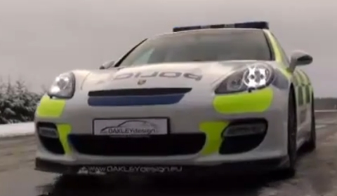 Video Police Trial Modified Porsche Panamera Turbo