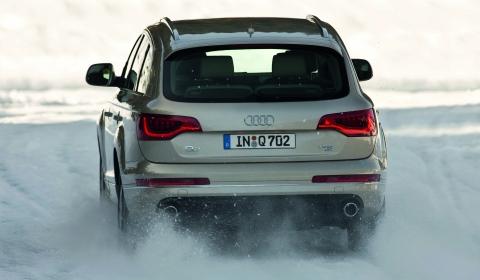 2011 Audi Q7 01