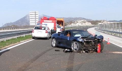 Car Crashes Nephew Mayor of Split Crashes F430 Spyder 02