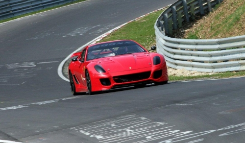 Ferrari 599XX Claims New Record on Nürburgring