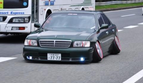 overkill_tuned_vip_car_off_camber.jpg