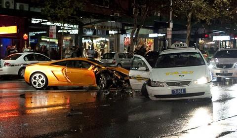 Car Crash Lamborghini Gallardo in Sydney