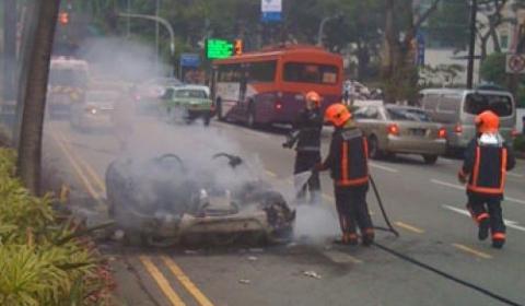 Ferrari 430 Spider Burns Down in Singapore 02