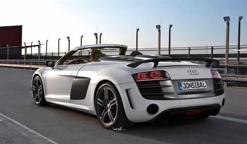 Rendering Audi R8 GT Spyder 01
