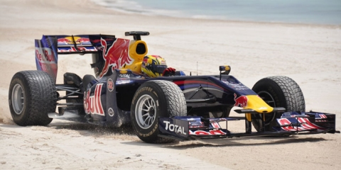 Video Red Bull Racing Team at the Beach 01