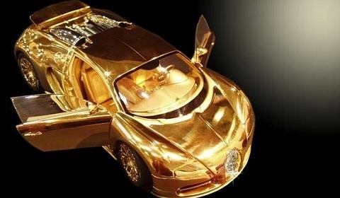 Gold Bugatti Veyron Model