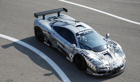 McLaren F1 GTR César Art Car